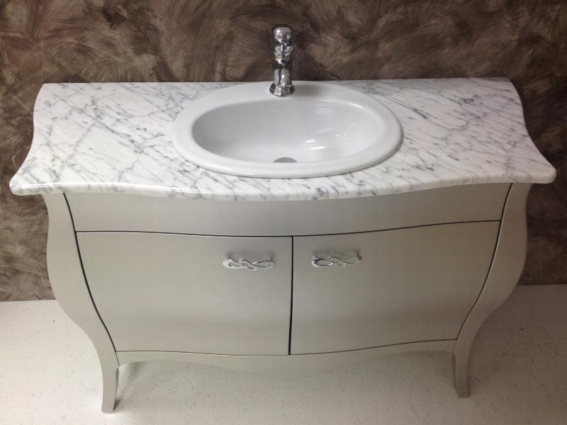Arredo Bagno Moderno In Marmo.Mobile Bagno Classico Con Marmo Idea D Immagine Di Decorazione
