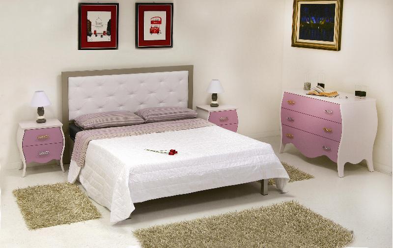 Camera da letto matrimoniale con mobili bombati finitura bicolore lilla opaco ebay - Mobili laccati lucidi graffiati ...